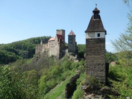 FOTKA - Hrad Hardegg patří k nejvýznamnějším a nejzachovalejším pevnostem v Dolním Rakousku   (Niederösterreich).