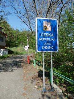 FOTKA - a jsme zpátky doma, ještě 5 km pěšky do Čížova