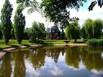 FOTKA - Oáza klidu u malého rybníčku Ohrada v Kunraticích,,,