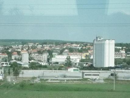 FOTKA - Výhled z autobusu na Uherský Brod