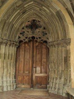 FOTKA - vstupná brána do chrámu