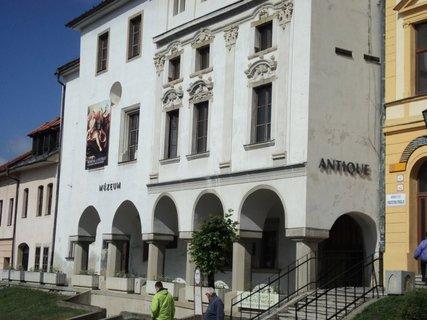 FOTKA - historické budovy.......