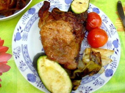 FOTKA - Včerejší grilování oběda na grilíčku za bodíky na CHž.-18