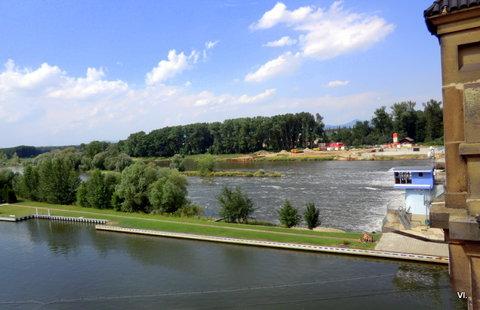 FOTKA - Na Labi se staví nová vodní elektrárna