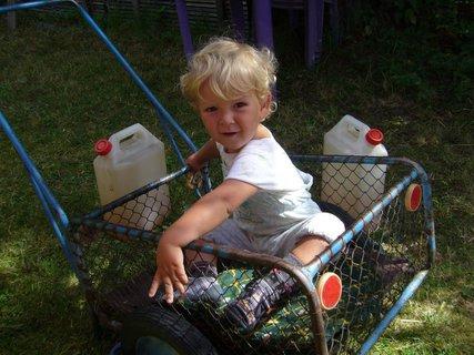 FOTKA - Místo kočárku vozík