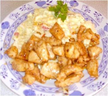 FOTKA - srpnové fotky-3a1-těstovinový salát s kuřetem