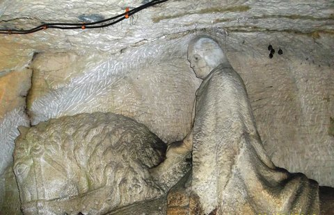FOTKA - V jeskyni, kde spí Blaničtí rytíři