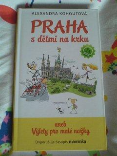 FOTKA - Kniha PRAHA s dětmi na krku aneb Výlety pro malé nožky