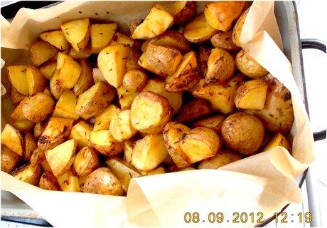 FOTKA - 11-pečené brambory v troubě, zároveň s kuřetem