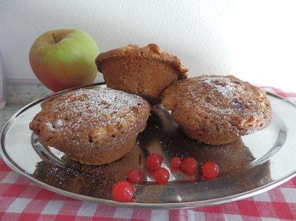 FOTKA - Muffiny s jablky a ryb�zem