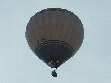 FOTKA - modrobílý balon