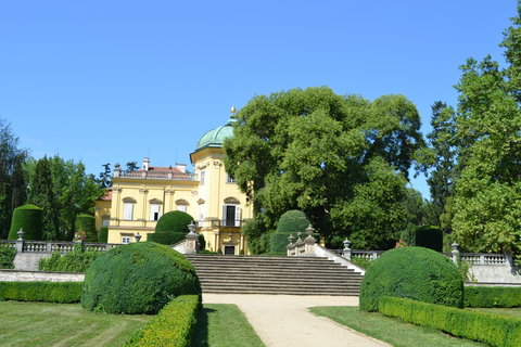 FOTKA - zámek Buchlovice;....