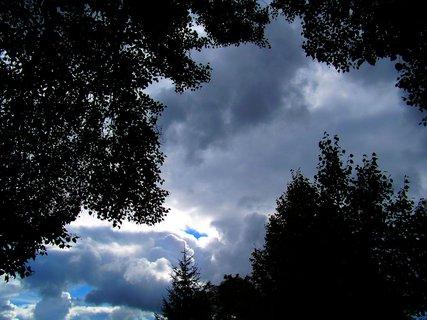 FOTKA - včera to vypadalo chvílemi na déšť..