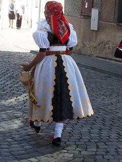 FOTKA - Krásný kroj v Tovačově .
