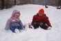 Dvě kuličky ve sněhu