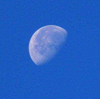 FOTKA - 6.10.2012, slunce i měsíček dnes jsou vidět současně