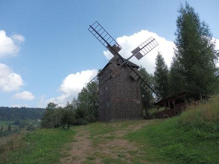 FOTKA - ve skanzenu Pstrążna (Stroužné), Polsko