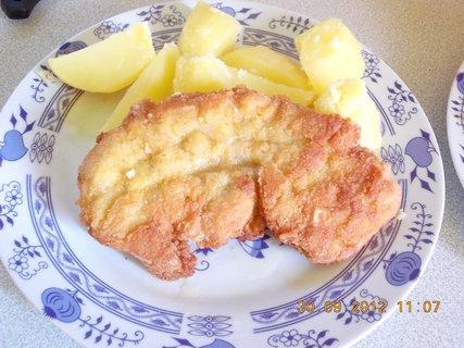 FOTKA - vepřový řízek a brambory