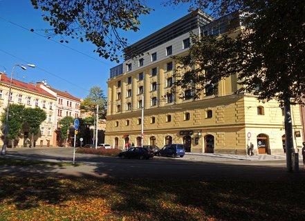 FOTKA - krajský úřad přestavěný ze zrušeného pivovaru