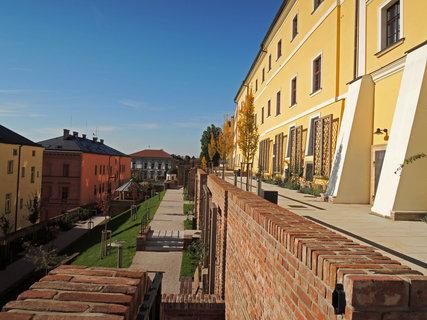 FOTKA - jižní terasy pod biskupským gymnáziem