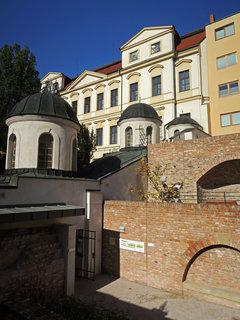 FOTKA - vstup na obnovené terasy ze schodiště ,,Bono Publico,,