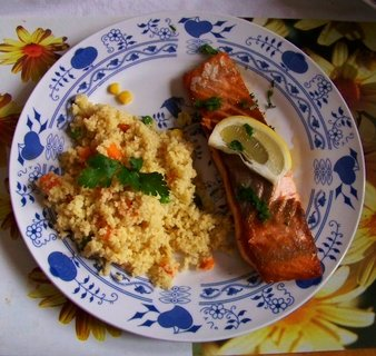FOTKA - 27.10.2012, oběd - losos s kuskusem..