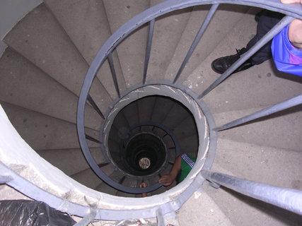 FOTKA - po schodech