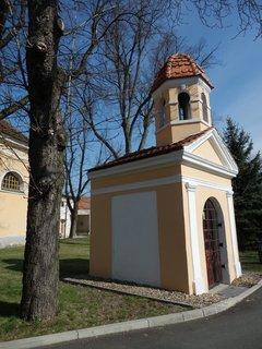FOTKA - hezká kaplička / Panenský Týnec / Slánsko