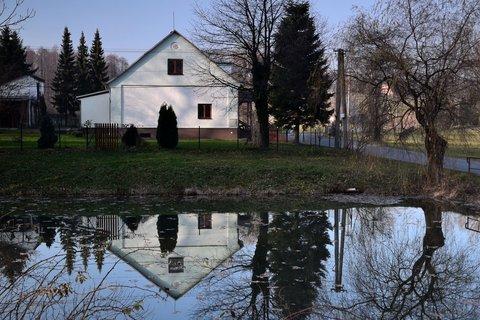 FOTKA - Rybník na kraji obce