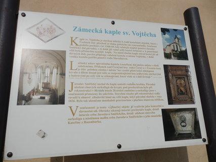 FOTKA - u kaple sv. Vojtěcha v Kostelci nad Černými lesy