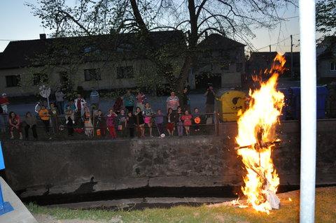 FOTKA - Akce-čarodějnice 2012- 30