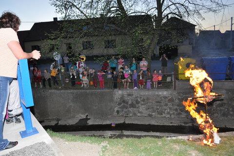 FOTKA - Akce-čarodějnice 2012- 33