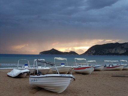 FOTKA - Bouřka nad Agios Georgios