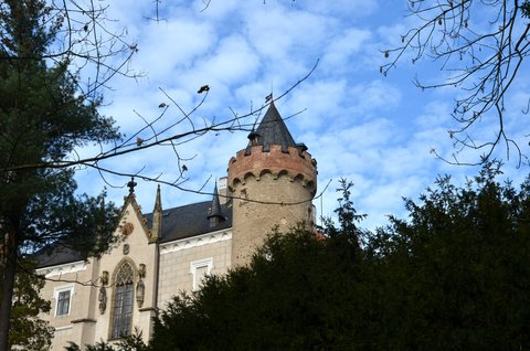FOTKA - Středověký hrad , první písemné zmínky z roku 1289