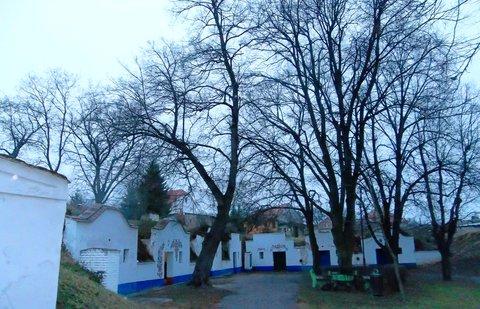 FOTKA - Petrov, další vesnice v ČR cestou ze Skalice.
