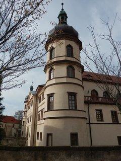 FOTKA - knížecí zámek v Kostelci n.Č.l. vystavěl Jaroslav Smiřický ze Smiřic roku 1562