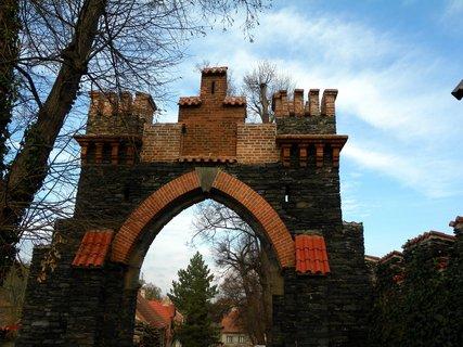 FOTKA - Zvu vás na virtuální prohlídku zámku  Žleby