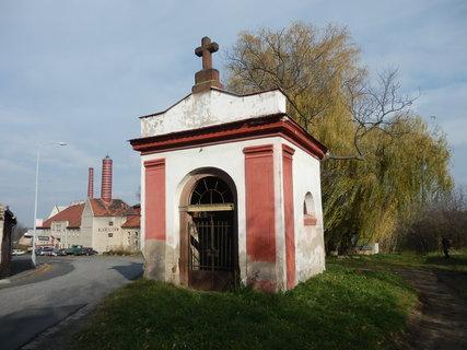 FOTKA - kaplička poblíž pivovaru, Kostelec n/Č.l.
