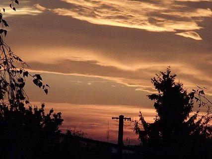 FOTKA - včerajšia obloha.