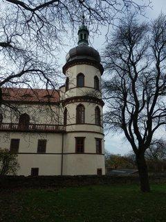 FOTKA - hezký zámek v Kostelci nad Černými lesy
