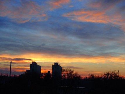 FOTKA - východ slnka.......