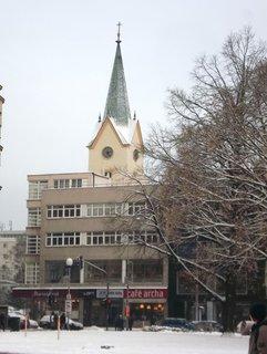 FOTKA - Zlín,pohled z náměstí ke kostelu