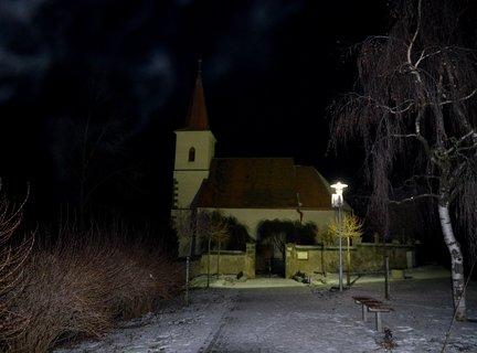 FOTKA - Vesnický kostelík