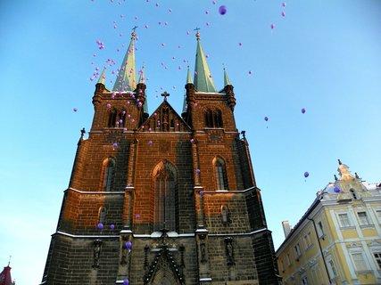 FOTKA - Vypouštění balónků s přáním Ježíškovi