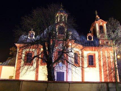 FOTKA - 22.12.2012, večerní procházka, kostel Sv. Jakuba