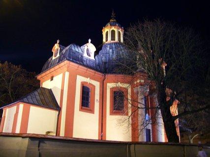 FOTKA - 22.12.2012, večerní procházka, kostel Sv. Jakuba..,,