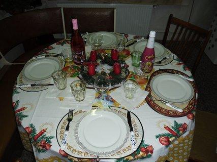 FOTKA - 24.12.2012...náš vánoční stůl