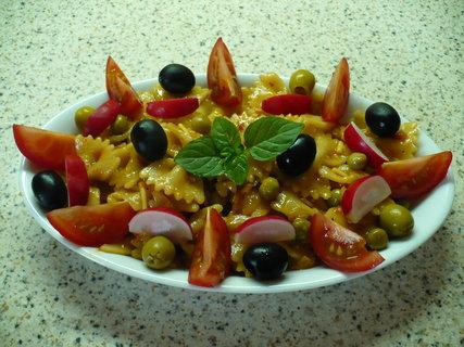 FOTKA - Těstovinový salát se zeleninou