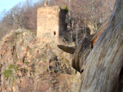 FOTKA - Ukazatel kudy na hrad
