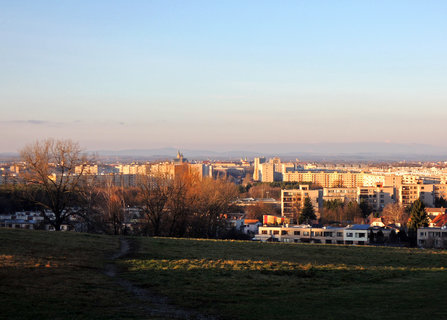 FOTKA -  výhled na Hradec z Novo-hradeckého kopce